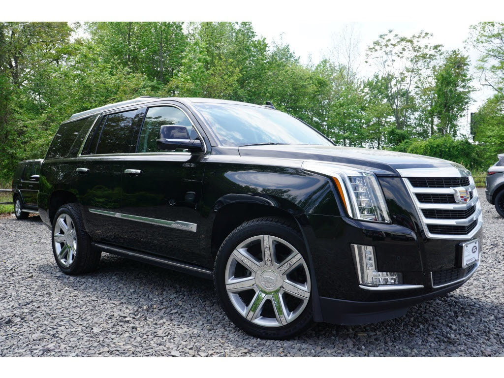 Pre-Owned 2016 Cadillac Escalade 4WD 4dr Premium Collection