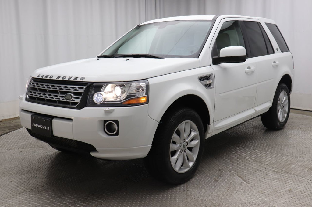 Pre-Owned 2014 Land Rover LR2 AWD 4dr